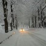 strada con neve